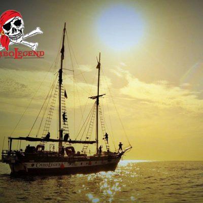 cabo-tours-private-ship662x548